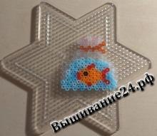 Рыбка в пакете из термомозаики